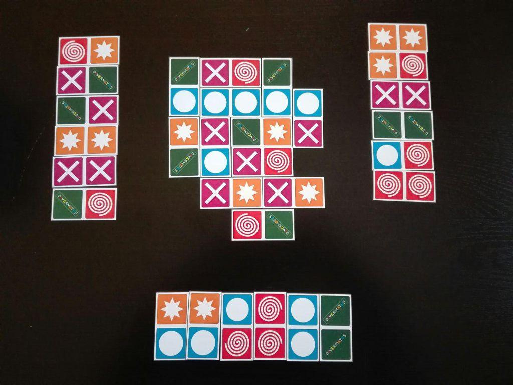 Domino Bead Game, otro juego de Sid Sackson
